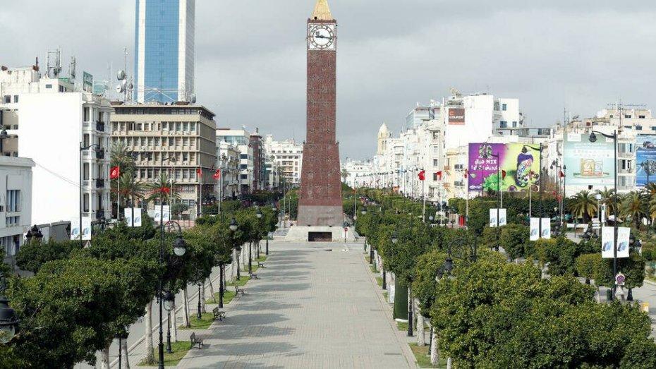 فرض حظر تجول في كامل أنحاء تونس