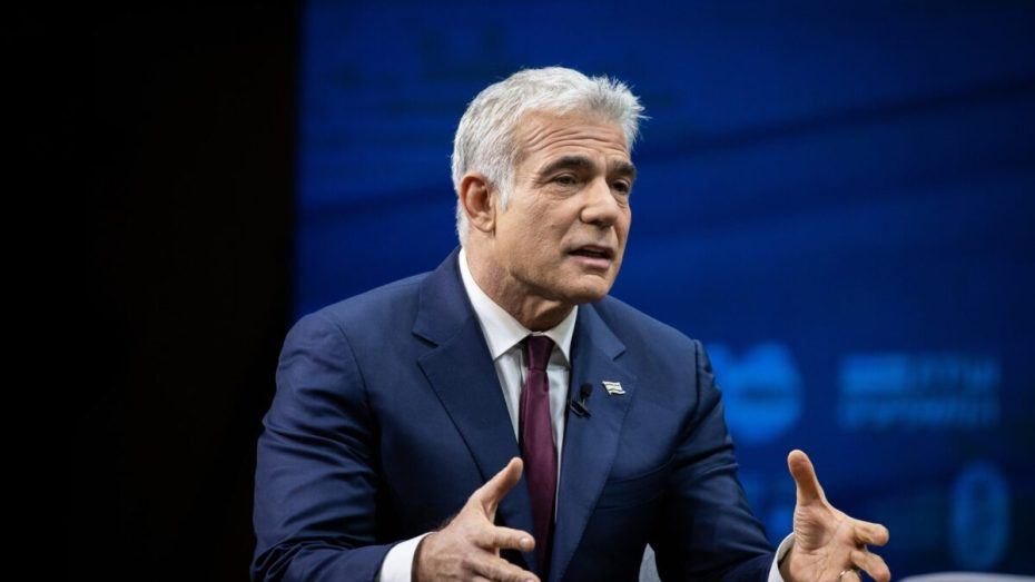 """وزير خارجية """"إسرائيل"""" يعرب عن قلقه بشأن التقارب بين الجزائر وإيران"""