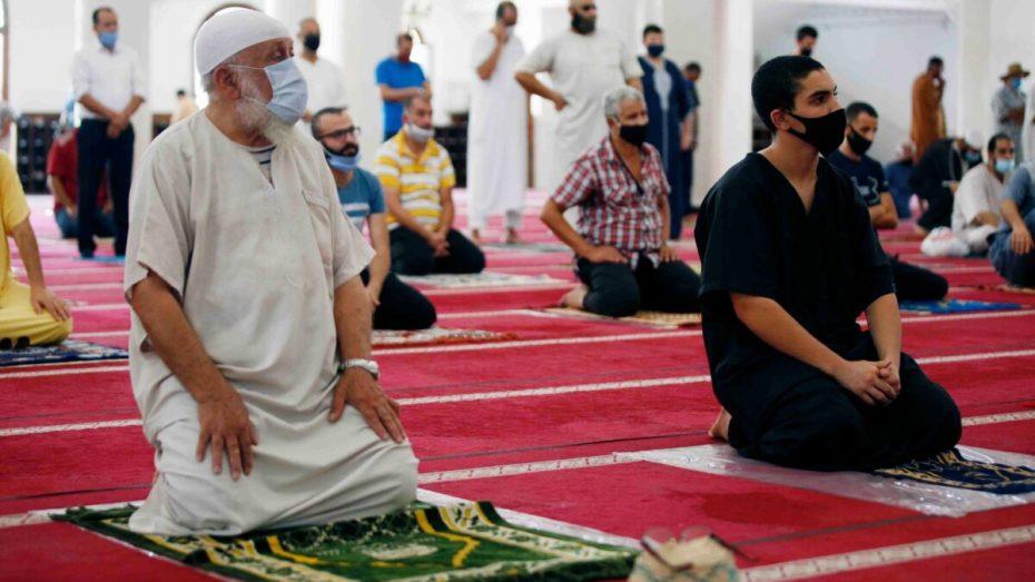 ولاية البيض تسمح بصلاة الجماعة في صلاة واحدة فقط