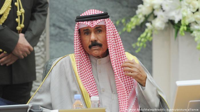 أمير الكويت يعزي تبون في ضحايا الحرائق