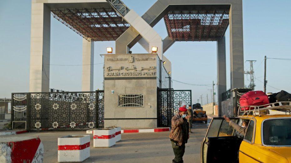 مصر تعيد فتح معبر رفح البري
