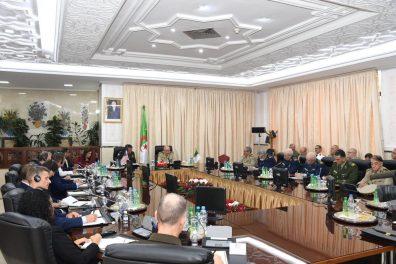 صور.. شنقريحة يستقبل القائد العام للقوات الأمريكية في إفريقيا