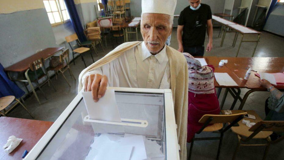 6 أحزاب سياسية سحبت ملفات الترشح للانتخابات المحلية