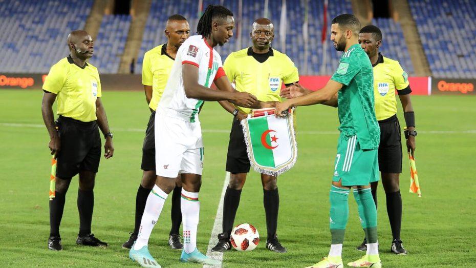 التفاصيل كاملة لطريقة الفصل النهائي في التأهل بين الجزائر وبوركينافاسو