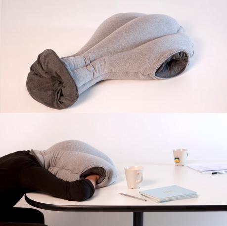 นกกระจอกเทศ, หมอนกระเป๋าสำหรับหลับนอน