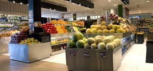 Food & grocery stores