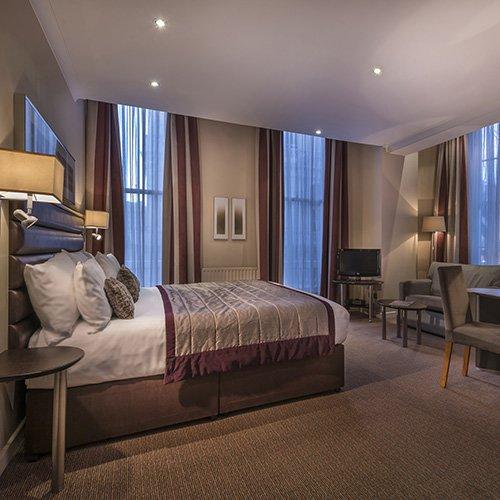 corus-hyde-park-hotel-room