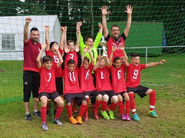 E-Jugend setzt sich durch und belegt auch Platz 1 in Gerderath