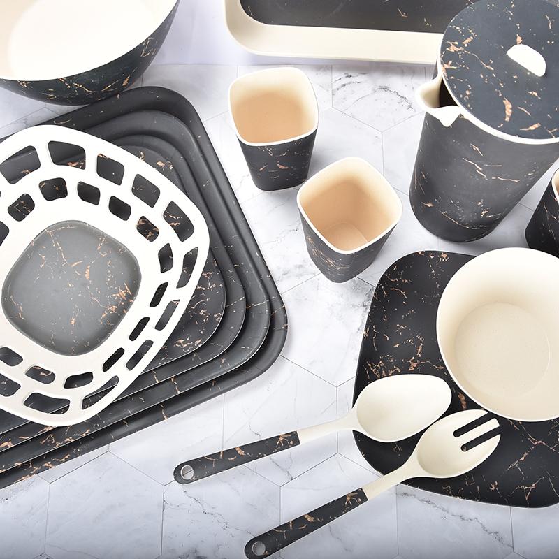 Black gold tableware set