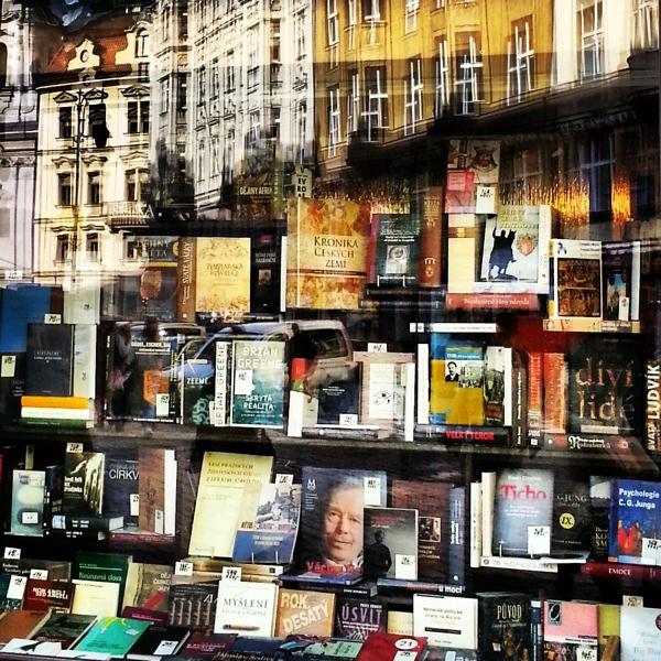 RadkaZimova_FiserBookshop_Kaprova_ulice