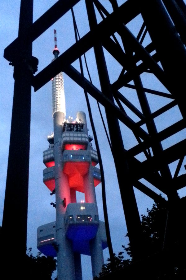 RadkaZKing_ZizkovTower_atNight_through_scaffolding