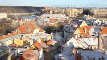 Prague_redroofs_inwinter_insnow