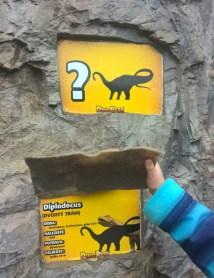 DinoParkHarfa_dinosaurquiz_Praguewithkids