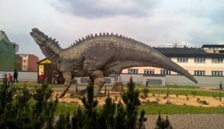 DinoParkHarfa_dinosaurroar_Praguewithkids