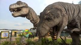 DinoParkHarfa_walkingwithmanydinosaurus_Praguewithkids