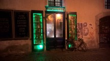 Prague-absinthe-shop-green-lights