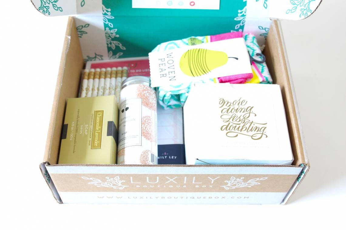 Luxily Boutique Box April 2016 2