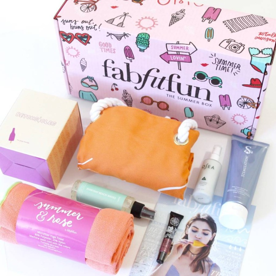 Fity Fab Fit: FabFitFun Review Summer 2016 - A Year