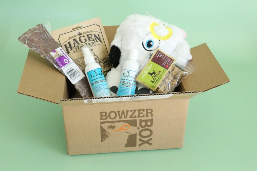 A Year of Boxes™ | Bowzer Box Review May 2018 - A Year of Boxes™