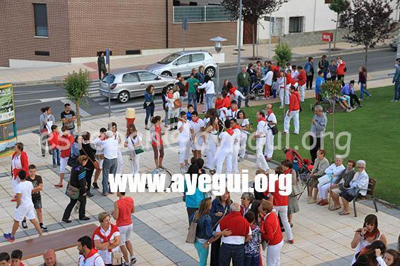 Fiestas_2015-Jueves_Dia_Cohete-Galerias-Ayuntamiento-de-Ayegui (1)