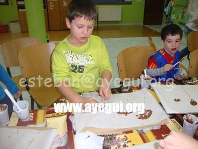 Ludoteca_2015-Taller_de_chocolate-Galerias-Ayuntamiento-de-Ayegui (27)