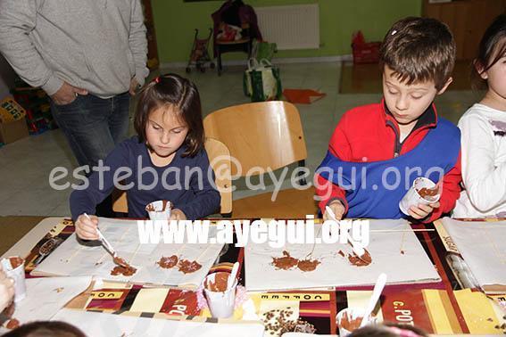 Ludoteca_2015-Taller_de_chocolate-Galerias-Ayuntamiento-de-Ayegui (66)