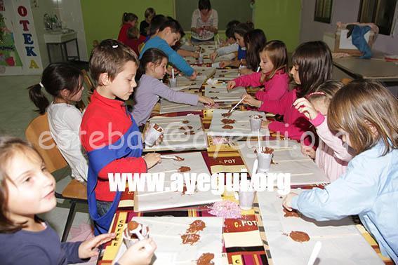 Ludoteca_2015-Taller_de_chocolate-Galerias-Ayuntamiento-de-Ayegui (67)
