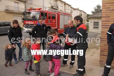 Ludoteca_2015-Visita_al_parque_de_bomberos-Galerias-Ayuntamiento-de-Ayegui (101)