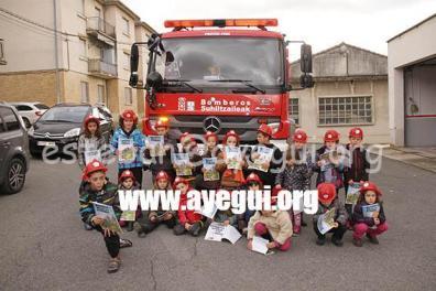 Ludoteca_2015-Visita_al_parque_de_bomberos-Galerias-Ayuntamiento-de-Ayegui (105)