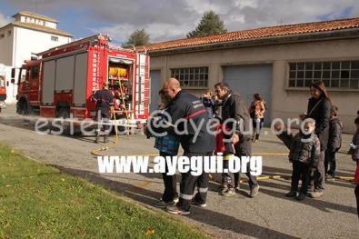 Ludoteca_2015-Visita_al_parque_de_bomberos-Galerias-Ayuntamiento-de-Ayegui (13)