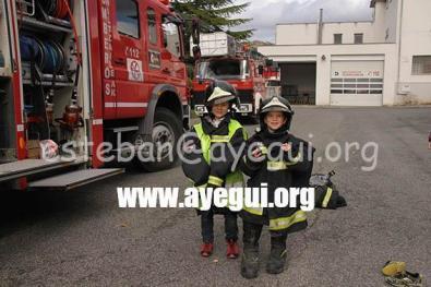 Ludoteca_2015-Visita_al_parque_de_bomberos-Galerias-Ayuntamiento-de-Ayegui (41)