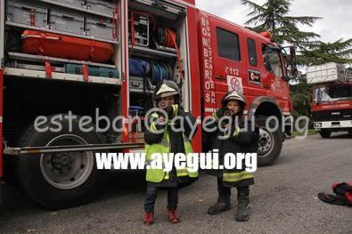 Ludoteca_2015-Visita_al_parque_de_bomberos-Galerias-Ayuntamiento-de-Ayegui (46)
