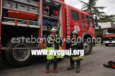 Ludoteca_2015-Visita_al_parque_de_bomberos-Galerias-Ayuntamiento-de-Ayegui (47)