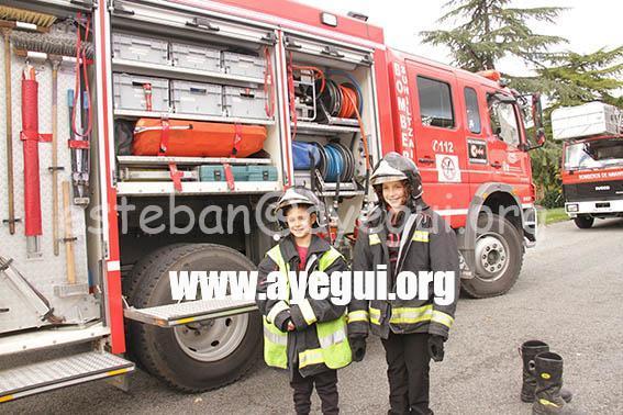 Ludoteca_2015-Visita_al_parque_de_bomberos-Galerias-Ayuntamiento-de-Ayegui (54)
