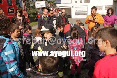 Ludoteca_2015-Visita_al_parque_de_bomberos-Galerias-Ayuntamiento-de-Ayegui (8)