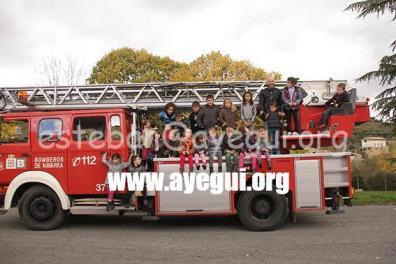 Ludoteca_2015-Visita_al_parque_de_bomberos-Galerias-Ayuntamiento-de-Ayegui (81)