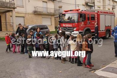 Ludoteca_2015-Visita_al_parque_de_bomberos-Galerias-Ayuntamiento-de-Ayegui (90)