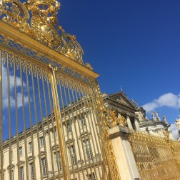 Gates-Palace-of-Versailles-Paris-France