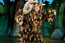Steve Mccourt (The Gruffalo) & Ellie Bell (Mouse)