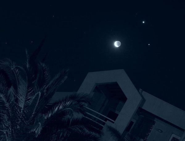 Olympus - moon