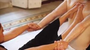 Yoga Abhyanga – sessioni individuali e di gruppo