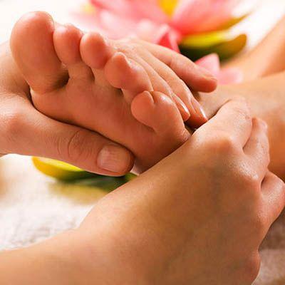 Padabhyanga: il massaggio ai piedi la madre di tutte le terapie ayurvediche