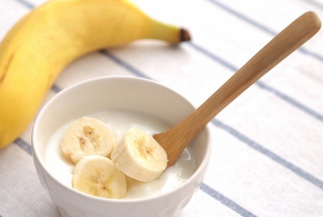 Yogurt And Banana Hair Mask