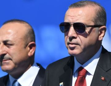 Türkiyə ABŞ-ın Suriya kürdlərinə silah verməsini pisləyib