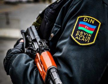 POLİS SEÇKİ BÜLLETENİNƏ BU SÖZÜ YAZANLARI AXTARIR