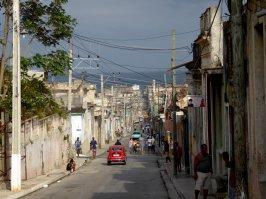 Leuk straatbeedje met de baai op de achtergrond. Matanzas