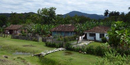 Voor de verandering eens geen koloniale gebouwen. Baracoa
