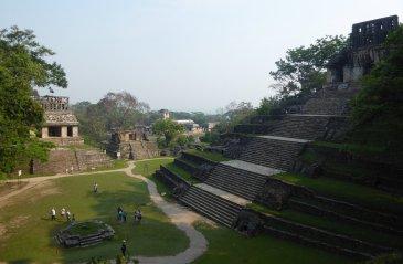 Tja, we vinden ze gewoon mooi. Palenque