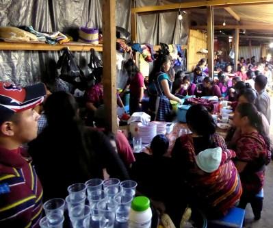 Restaurantjes op de markt. Chichicastenango