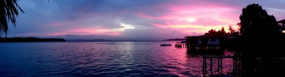 Pink sunset. Old Bank, Isla Bastimentos (Panama)